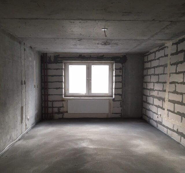Продается 2-к квартира в Шушары.